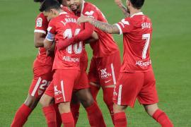 El Sevilla se engancha a la pelea por LaLiga