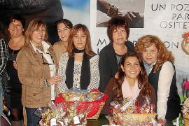Mercadillo solidario organizado por la Asociación de Amigos de Ositeti