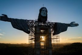 Un imponente Cristo de 43 metros de altura crece en el sur de Brasil