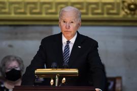 EEUU completará en septiembre una retirada sin condiciones de Afganistán