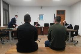 Absuelven a los militares en prácticas acusados de agredir al dueño de un bar en Magaluf