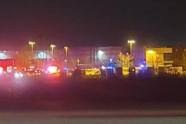 Al menos 8 muertos en el tiroteo en un almacén postal de Estados Unidos