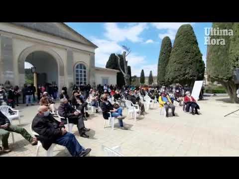Son Coletes realiza el primer homenaje a las víctimas del franquismo tras la apertura de la fosa