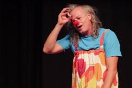 Sabatot, un payaso muy dinámico en el Espai Teatritx