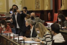 Negueruela culpa al PP de «poner en riesgo la apertura turística de toda España»