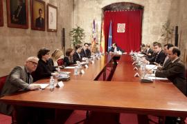 El Govern y el Consell deciden unificar sus bases de datos y comprar juntos