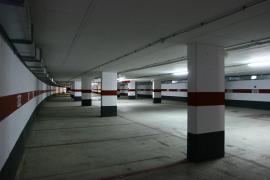 Cort pone en marcha varias iniciactivas para mejorar el acceso  al centro en bus y facilitar el aparcamiento