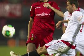 El Sevilla deja a Caparrós al filo del barranco (0-5)