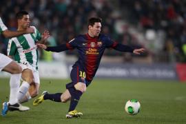 Messi tumba a un Córdoba que tuteó al Barcelona en la primera parte (0-2)