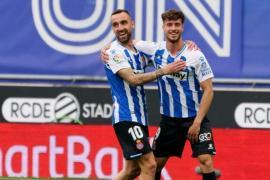 El Espanyol destroza a Las Palmas y acaricia el ascenso