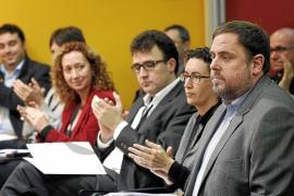 CiU y Esquerra prevén una negociación larga para lograr un pacto de legislatura