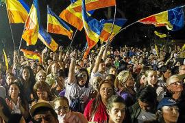 El chavismo arrasa en las regionales y Capriles refuerza su liderazgo opositor