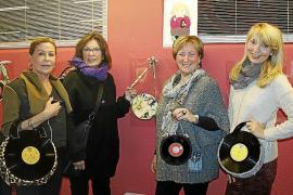Exposición de bolsos de discos de vinilo
