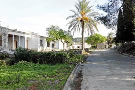 poblado de viviendas de gesa central electrica antiuas casas del arquitecto ferragut en estado de ab