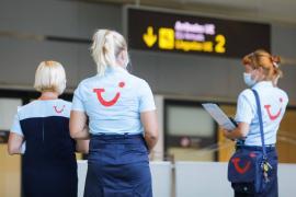 TUI ofrecerá pruebas de COVID asequibles para facilitar los viajes este verano