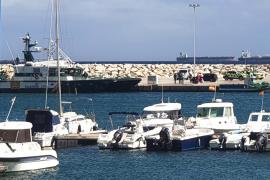 Dos muertos al naufragar una embarcación en La Línea de la Concepción