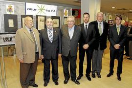 Exposición de fotografías sobre la historia  del Real Mallorca en el Palma Arena