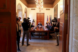 El Consejo Interinsular aprueba los anticipos de 2012 para financiar los consells