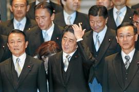 El nuevo Gobierno japonés se replantea el apagón nuclear pese a Fukushima
