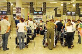 El certificado de residente seguirá siendo necesario para volar a partir del 1 de enero
