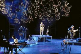 Antònia Font descubre su experimento 'Vostè és aquí' en el Auditori de Manacor
