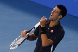Djokovic revalida el triunfo en Abu Dabi a derrotar a Almagro en la final