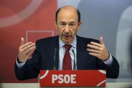 Rubalcaba propone reunirse con los socialdemócratas de la UE para defender un cambio de rumbo