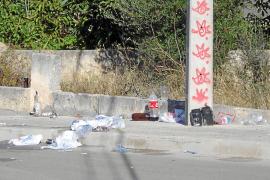 Vecinos de Muro denuncian las molestias del botellón ante el Defensor del Pueblo