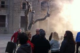 Un incendio en una habitación obliga a desalojar a un centenar de personas en el Santuari de Lluc