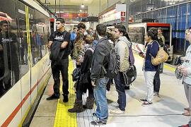 El Govern vuelve a subir el billete de tren y bus a sólo seis meses del último incremento