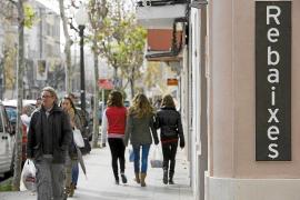 El primer año de rebajas libres en Palma se inicia sin entusiasmo debido a la crisis