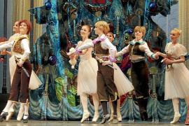 Un Ballet de Moscú «regenerado» llega con 'El lago de los cisnes' y 'El cascanueces'
