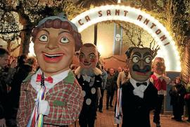 La posibilidad de que los 'caparrots' bailen en la iglesia de sa Pobla por Sant Antoni divide al pueblo