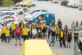 Los empleados de Correos lanzan un mensaje de protesta