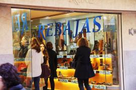 Comienzan las rebajas «tradicionales» con precios adaptados a la crisis