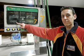 El Govern ingresará 26,7 millones con el 'céntimo sanitario' de las gasolinas