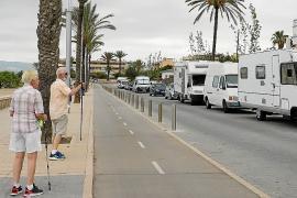 «Se está creando un poblado chabolista con caravanas en Ciutat Jardí»