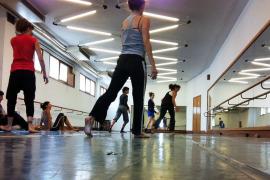 La danza «tiende puentes» y crea una asociación para potenciar el sector