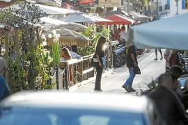 Los vecinos de Santa Catalina ya están hartos del ruido de las terrazas
