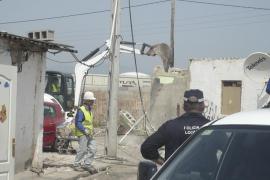 Cort derribará de golpe la mitad de las viviendas del poblado de Son Banya