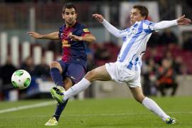 El Málaga sale vivo del Camp Nou con un gol de Camacho en el 89 (2-2)