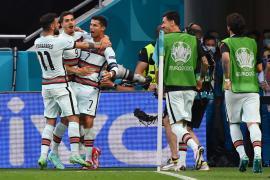 Portugal golea a Hungría en los últimos ocho minutos