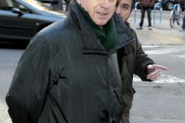 El PSIB pide que se aclare el origen de los 5.000 euros que cobraba Matas del PP