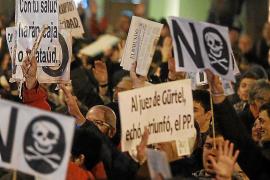 María Dolores de Cospedal: «Este es un partido en el que quien la hace, la paga»
