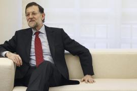 Rajoy ironiza sobre si ha habido sobresueldos  en el PP: «Sí, hombre»