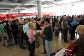 Son Sant Joan se para durante siete horas y cancela 472 vuelos