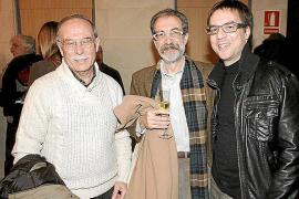 Los autores en catalán se alían contra el bilingüismo