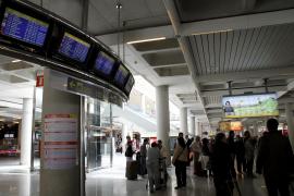 Casi 200 vuelos cancelados en Palma