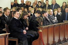 Multitudinario y emotivo funeral por el alma de la empresaria Marilén Pol