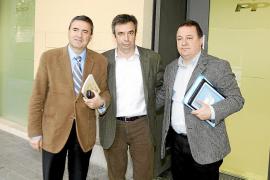 Torres y Rotger sellan la paz «para mantener la unidad» en el Partido Popular de Inca